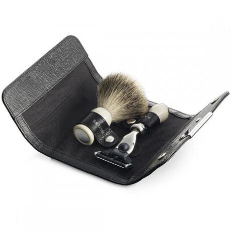 Dalvey набор для бритья MACH 3 беж.ручка + помазок Best в кож.чехле 128x94x30мм